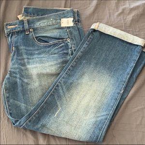 GAP®️ NWT Slim Boyfriend Jeans 👖 10x30R